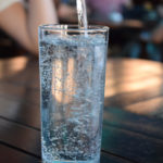 L'amministratore è obbligato a sottoporre l'acqua a controlli periodici?